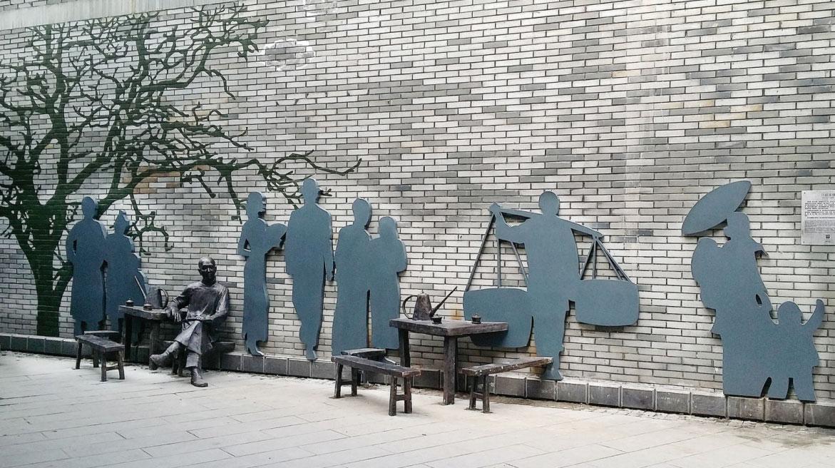 内江东兴老街人文雕塑